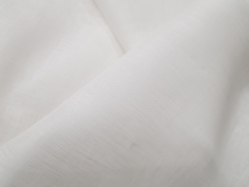 2C64 / OBR78; Width: 150 cm; Weight: 125 gr/m²; Material: 100% linen; Color: natural white