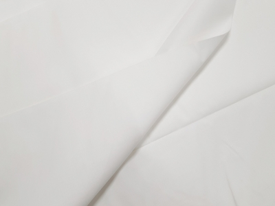 Puuvillane kangas Art. 741 (mitkal); Laius: 160 cm; Kaal: 127 gr/m²; Koostis: 100% puuvillane; Optiline valge; Hind: 1,45 €/jm;