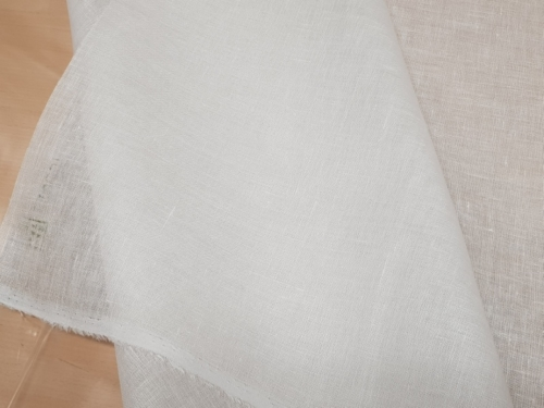 Linen fabric 02C129 / OBR296; Width: 150 cm; Weight: 85 gr/m²; Material: 100% linen; Color: natural white