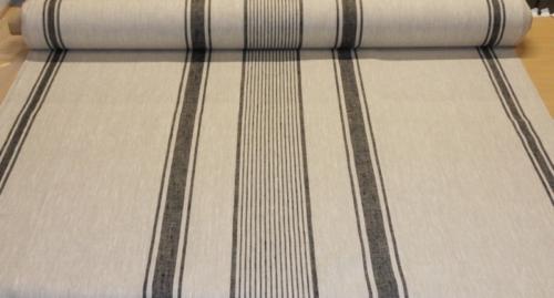 Linen fabric 8C42 / OBR729/1; Width: 150 cm; Weight: 265 gr/m²; Material: 100% linen;